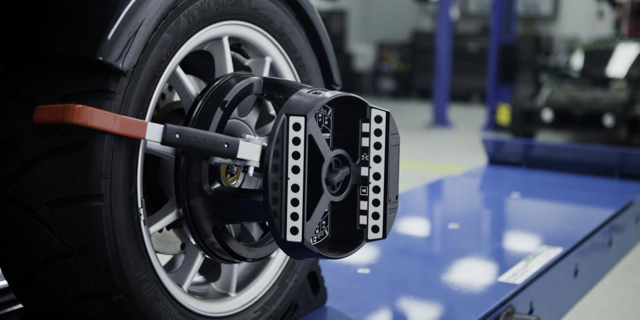Wheel Alignment - Kaufman TX - Hunter Hawk Eye Elite Wheel Alignment